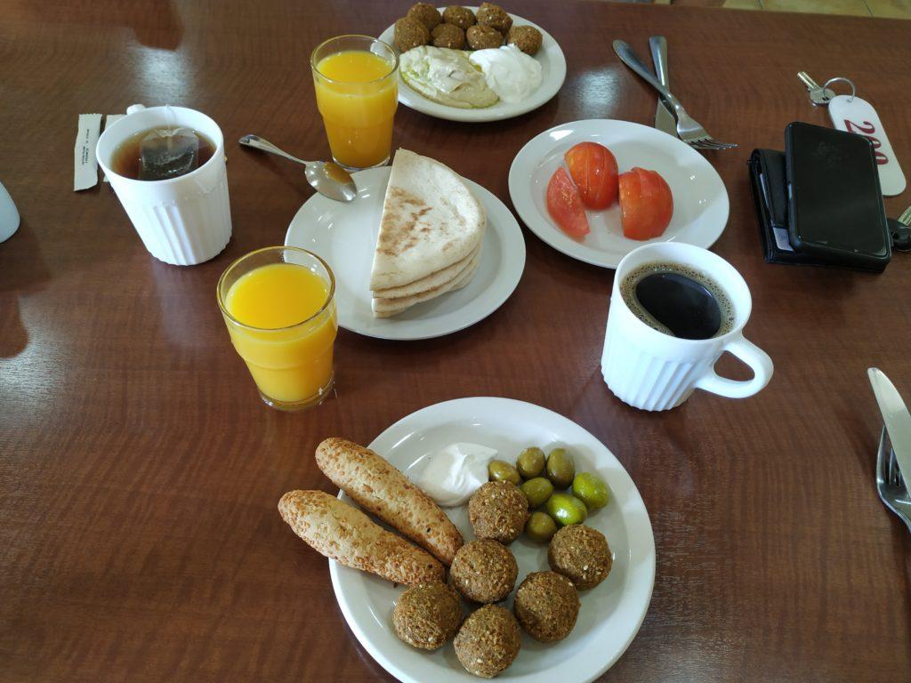 Rumman hotel, snídaně